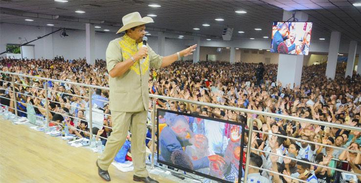 Goiânia recibe al Hombre de Dios, Apóstol Valdemiro Santiago