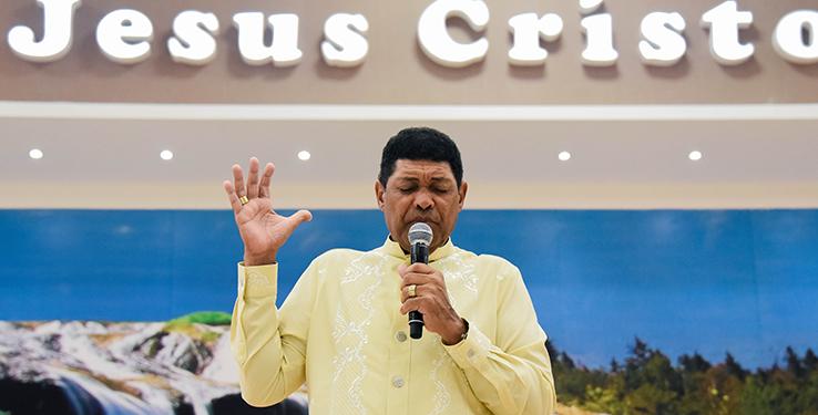 O Senhor se manifesta em nosso meio